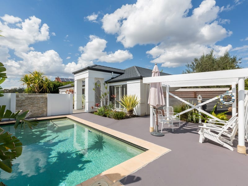 33 Jacana Crescent, Flinders View, Qld 4305