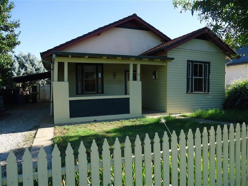 30 Albury Street, Wagga Wagga, NSW 2650