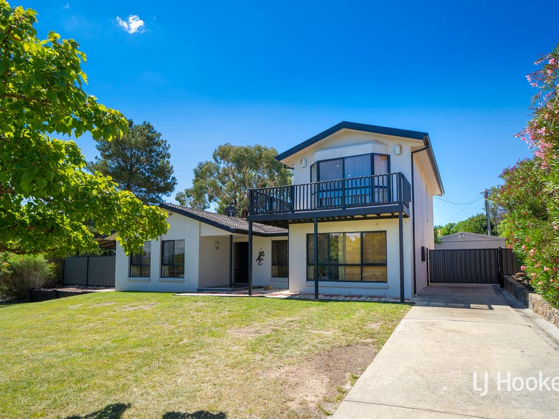 1 Golding Place, Chisholm, ACT 2905