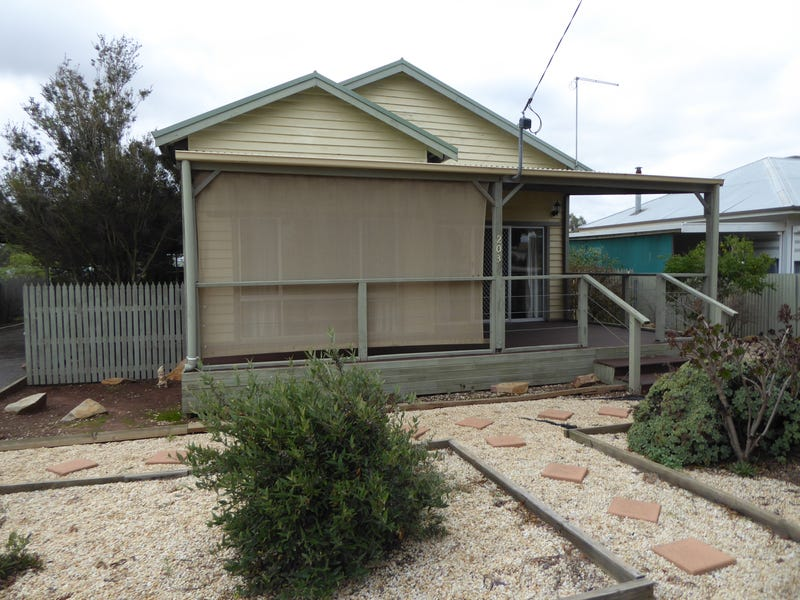 203 Woods Street, Donald, Vic 3480