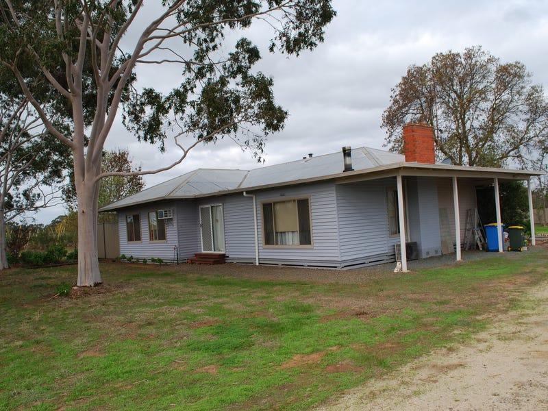 12 Carrs Road, Numurkah, Vic 3636