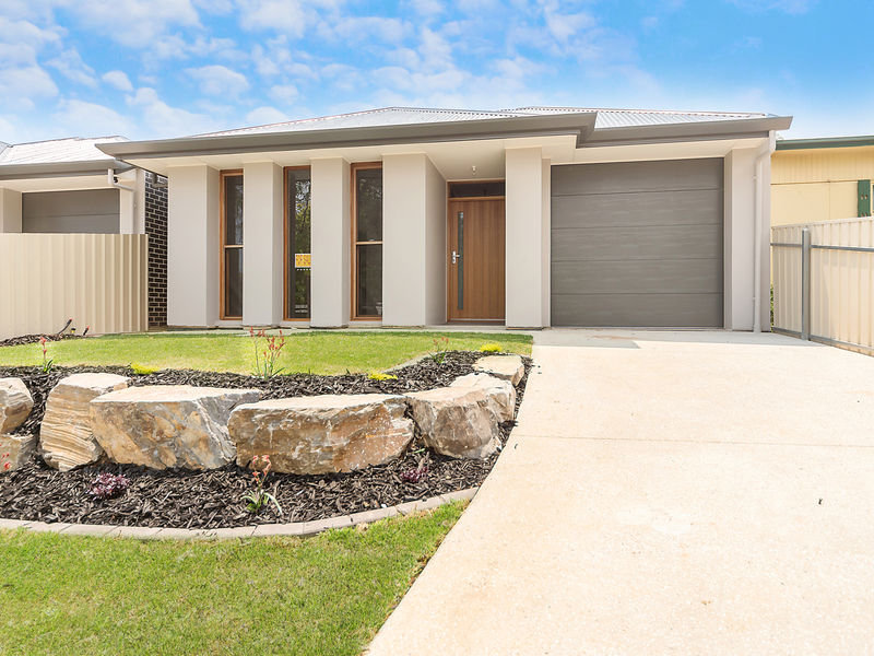10 Kendal Road, Windsor Gardens, SA 5087