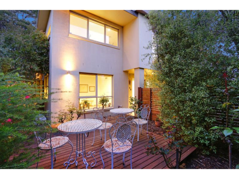 2/83 Venice Street, Mornington, Vic 3931