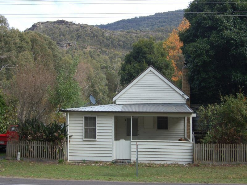 24 Grampians Road, Halls Gap, Vic 3381