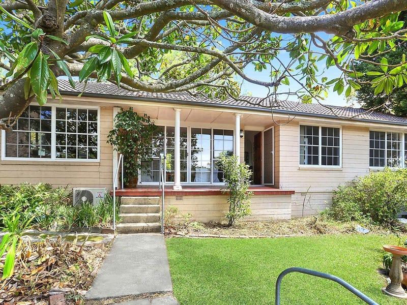 32 Kitchener Street, St Ives, NSW 2075