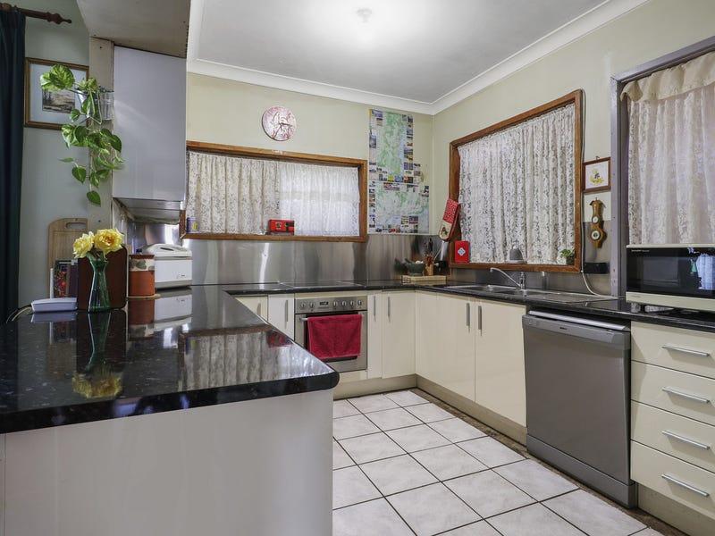 64 Ravenswood Street, Bega, NSW 2550
