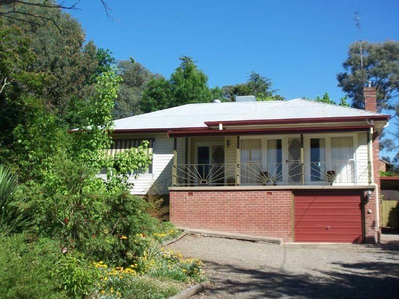 23 John Street, Cootamundra, NSW 2590
