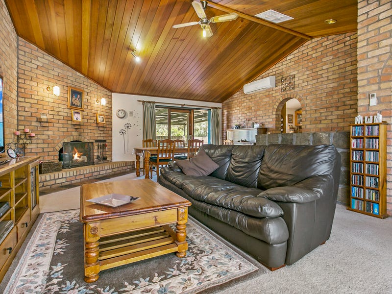 17 ARNOLD ROAD, Bridgewater, Vic 3516
