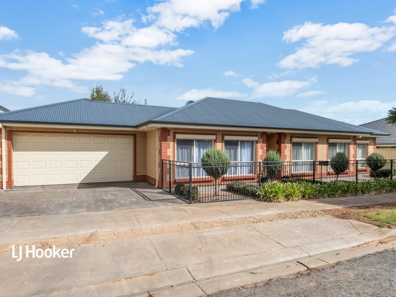 15 Chaucer Street, Clearview, SA 5085