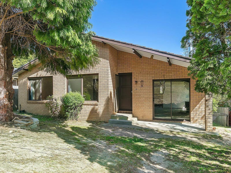 28 Cook Road, Wentworth Falls, NSW 2782