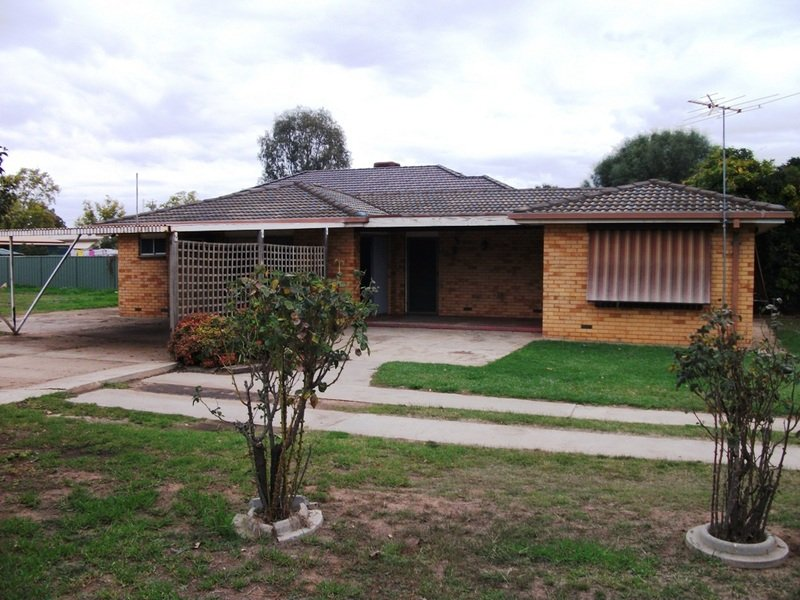 14-16 Russell Street, Howlong, NSW 2643