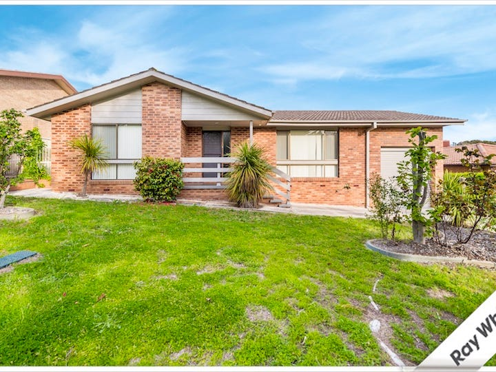 9 Lowerson Place, Gowrie, ACT 2904