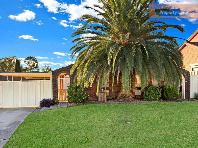 4 Kelmscott Way, St Clair, NSW 2759