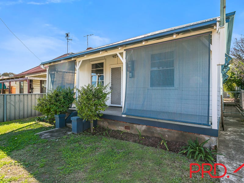 30 Griffin Avenue, Tamworth, NSW 2340