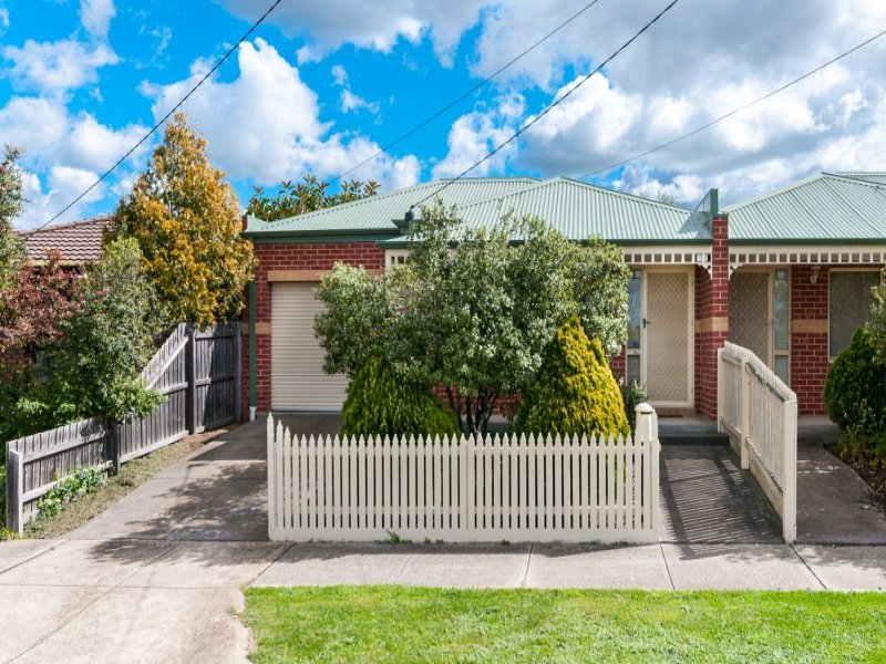 1/28 Bainbridge Close, Craigieburn, Vic 3064