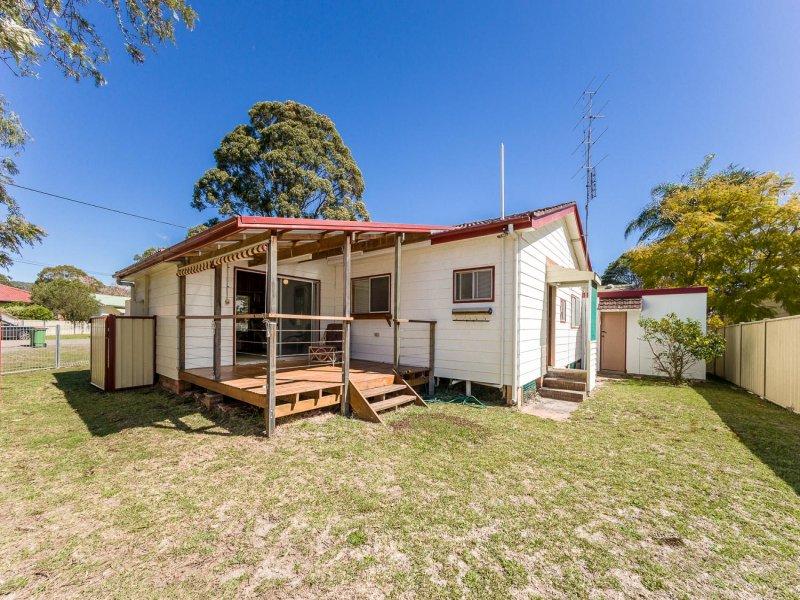 15 Walford Street, Woy Woy, NSW 2256