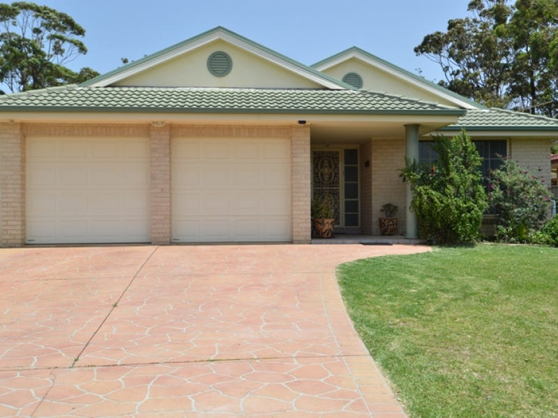 41 Carlton  Crescent, Culburra Beach, NSW 2540