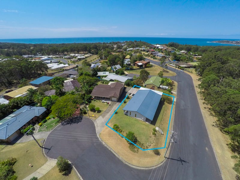 9 Schofield Drive, Safety Beach, NSW 2456