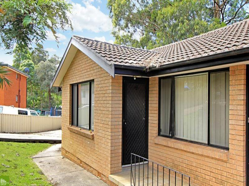 1/37 Kingsley Drive, Lake Heights, NSW 2502