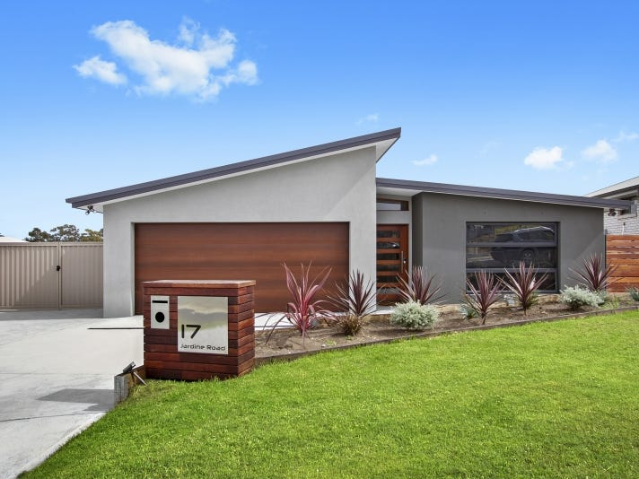 17 Jardine Road, Sunshine Bay, NSW 2536