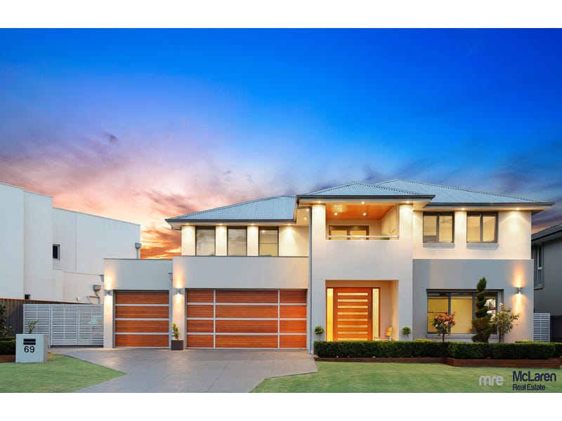 69 Governors Way, Macquarie Links