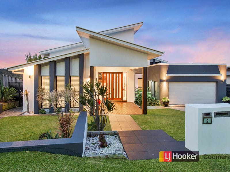 9 Serenade Drive, Coomera Waters