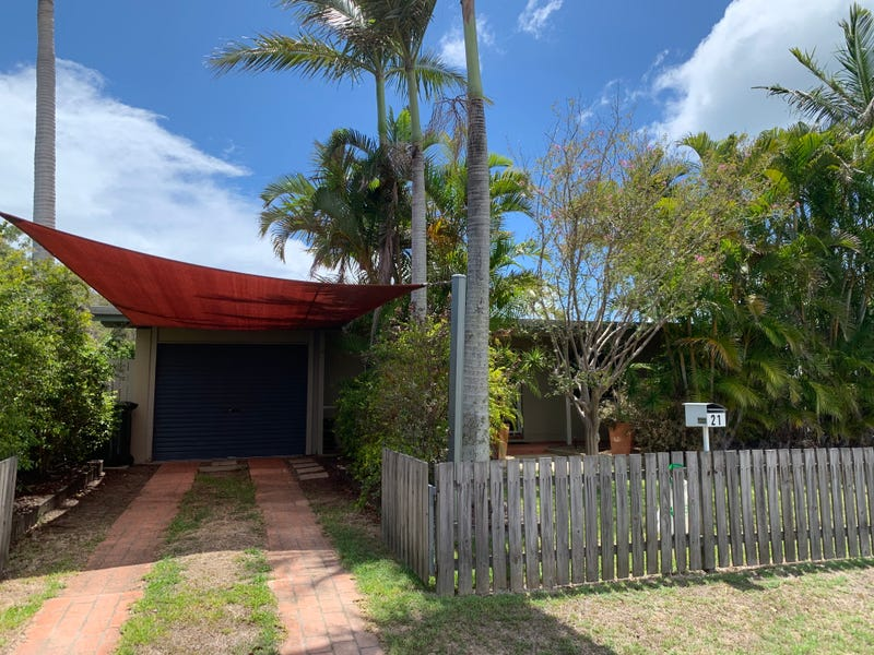 21 Hayworth Street, Point Vernon, Qld 4655