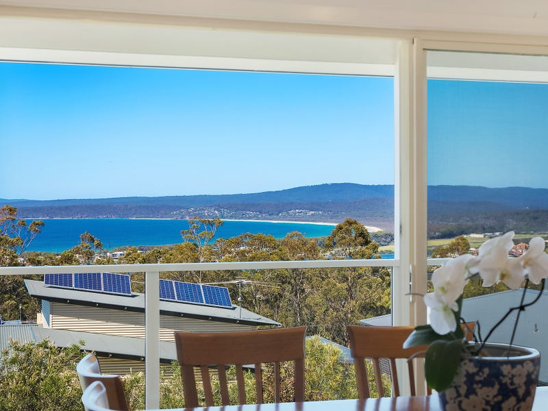 10 Curlew Close, Merimbula, NSW 2548
