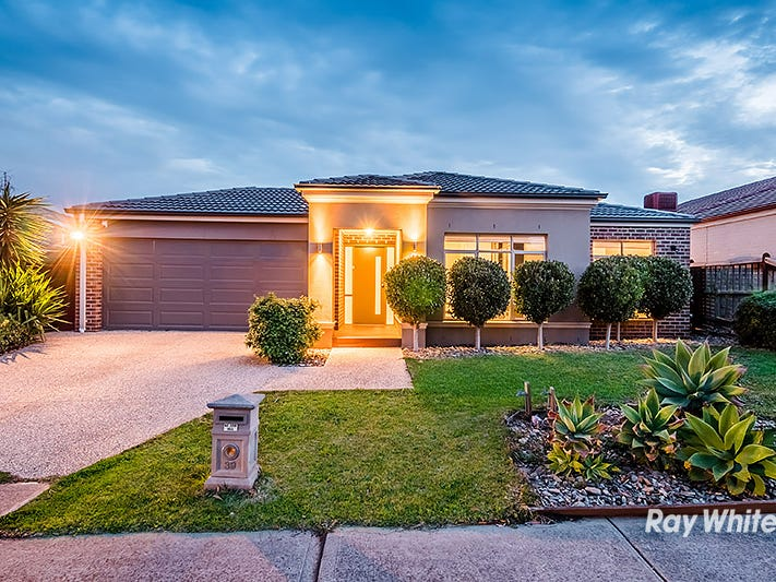 39 Thunderbolt Drive, Cranbourne East, Vic 3977