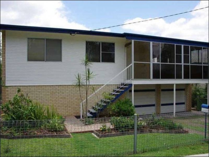 24 Nile St, Riverview, Qld 4303