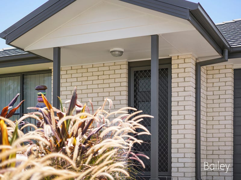 53 Broomfield Crescent, Singleton, NSW 2330