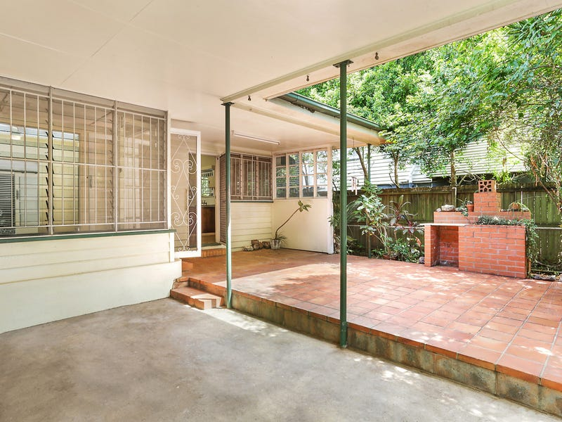17 Saunders Street, Indooroopilly, Qld 4068