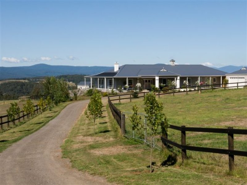 Address available on request, Kinglake, Vic 3763