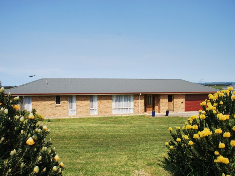 15 Buckley Street, Toora, Vic 3962