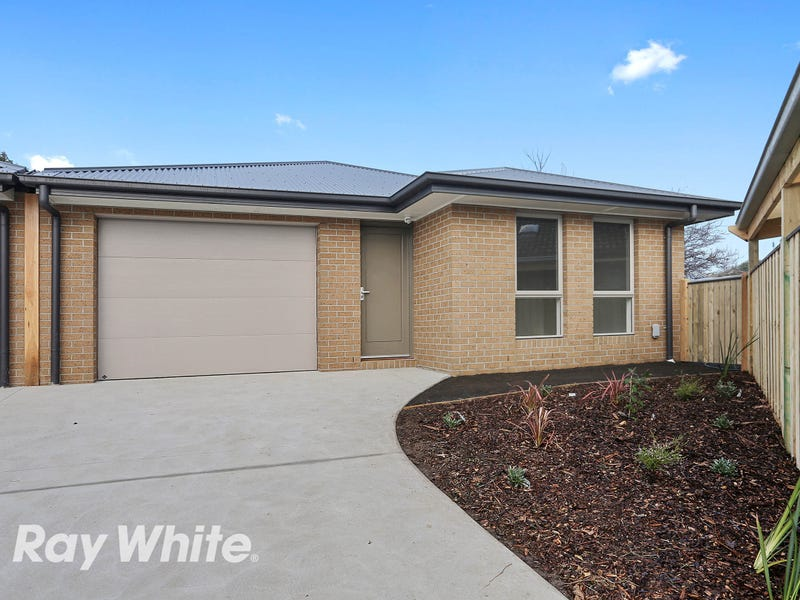3/4 Cooma Court, North Geelong, Vic 3215