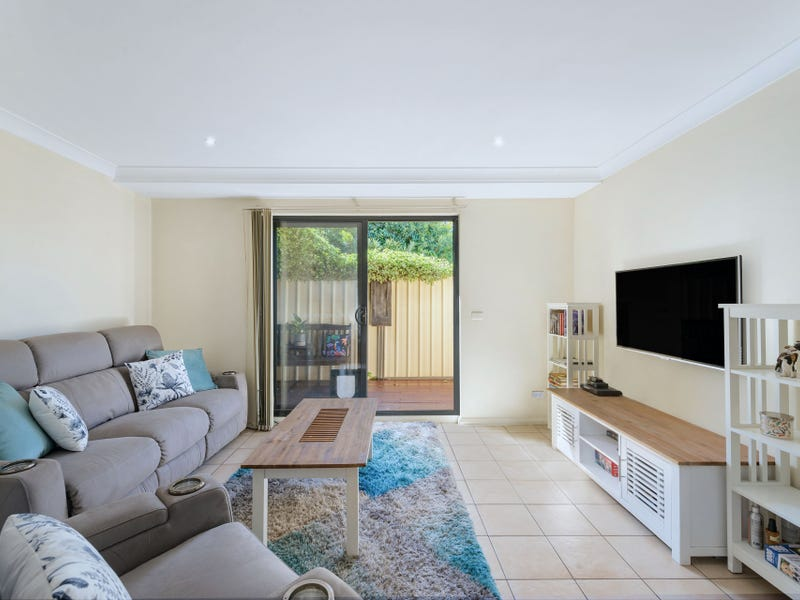 6/6-8 Melinda Grove, Lake Heights, NSW 2502