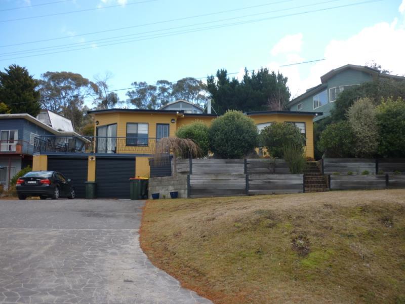 8 Rainbow Street, Old Adaminaby, NSW 2629