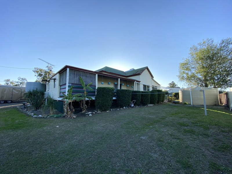 24 Factory Road, Toogoolawah, Qld 4313