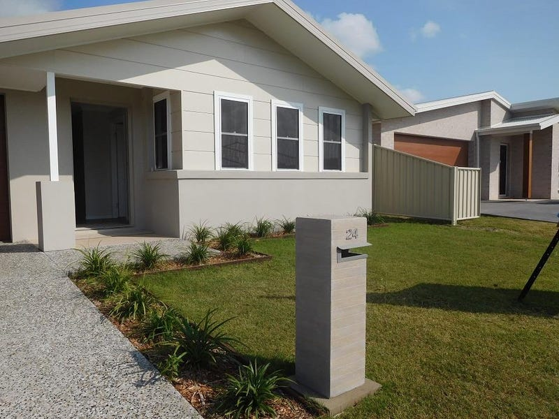 24 Little Cove Road, Emerald Beach, NSW 2456