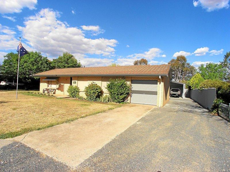 56 Carcoar Street, Spring Hill, NSW 2800