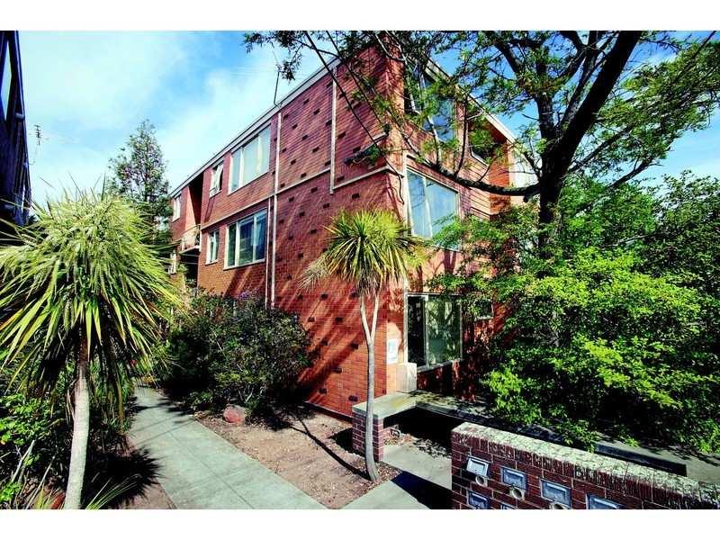 39 St. Kinnord Street, Essendon, Vic 3040