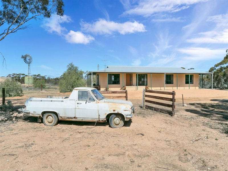 200 Lake Short Road, Blanchetown, SA 5357