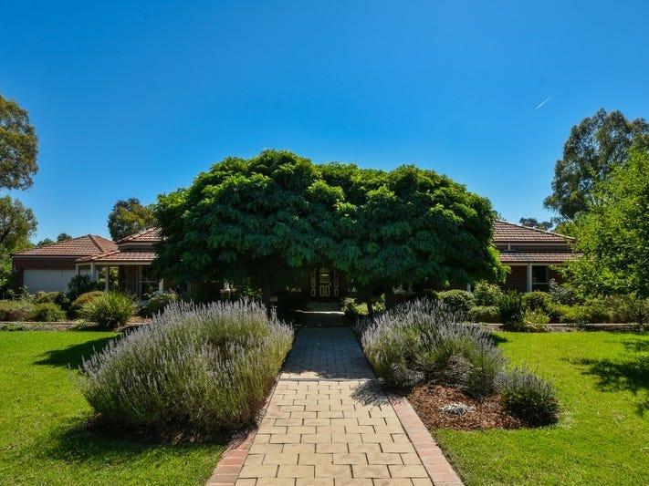 9 Rosborough Court, Thurgoona, NSW 2640
