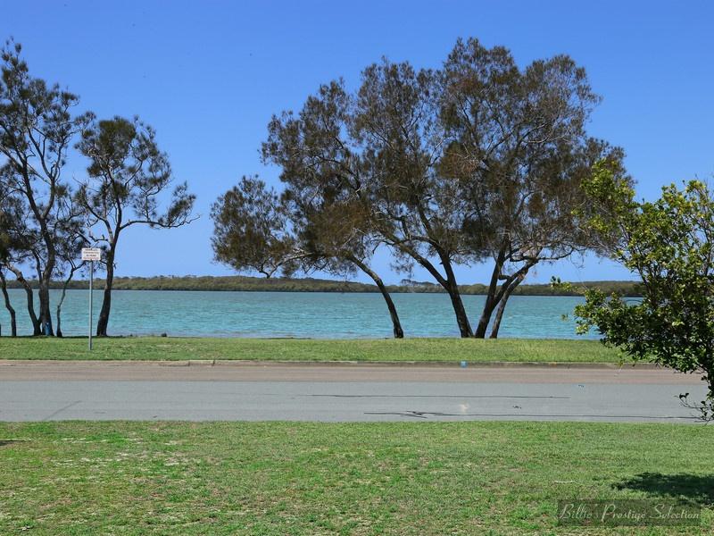 158 Esplanade, Golden Beach, Qld 4551