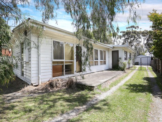 99 East Road, Seaford, Vic 3198