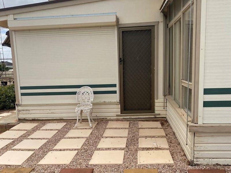 2 Lamming Place, Moonta Bay, SA 5558