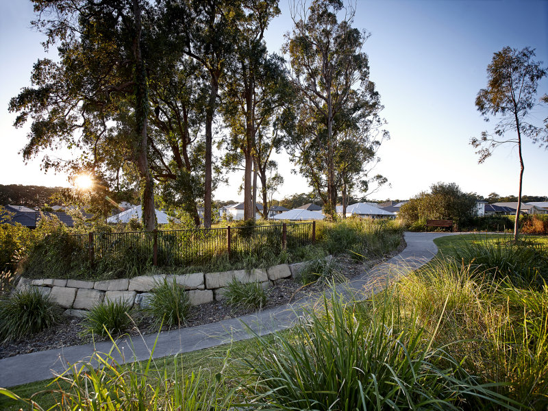 562 Parkview Drive, Little Mountain, Qld 4551