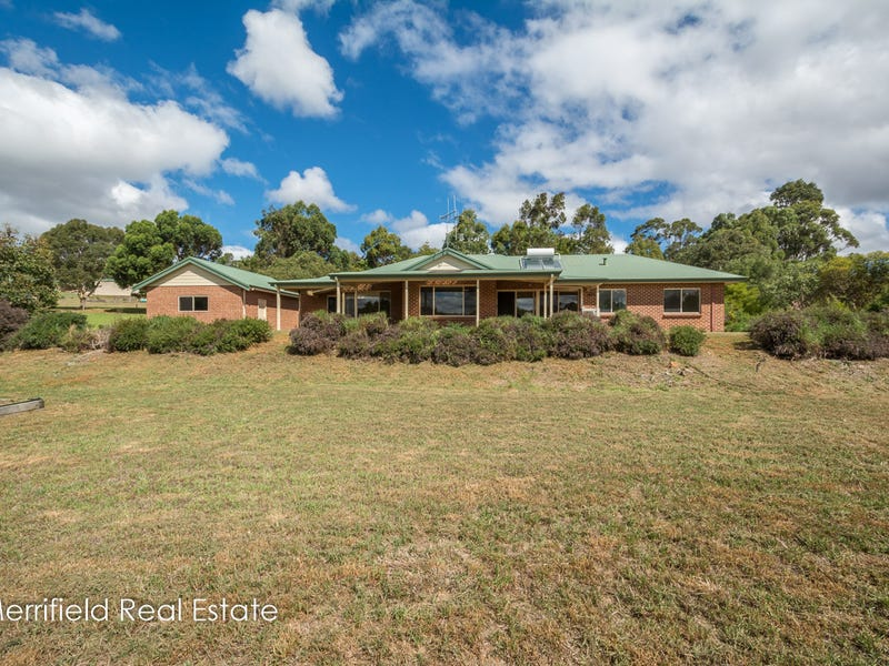 15 Willow Place, Willyung, WA 6330