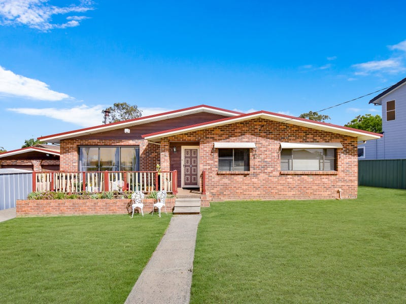 24 Macquarie Avenue, Leumeah, NSW 2560