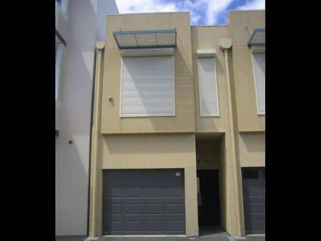 98 Gray Street, Adelaide
